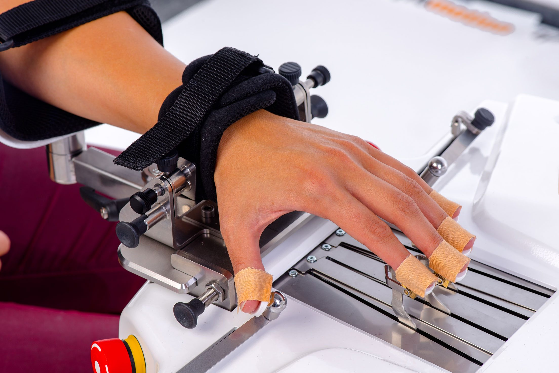 Robot manos Amadeo
